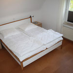 Schlafzimmer OG links