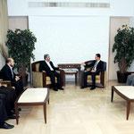الرئيس الاسد يستقبل رئيس المكتب السياسي لحركة حماس خالد مشعل