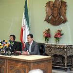 السيد الرئيس بشار الأسد والرئيس الايراني أحمدي نجاد في مؤتمر صحفي - 05.05.2009