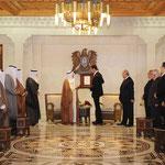 الرئيس الأسد يعقد جلسة مباحثات مع أمير دولة الكويت ويتبادل معه الأوسمة - 16.05.2010