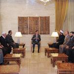 الرئيس الأسد يلتقي عددا من أئمة وخطباء مساجد درعا - 24.05.2011