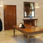 أمام السيد الرئيس بشار الأسد أحمد منير محمد يؤدي اليمين القانونية محافظا لمحافظة حمص - 15.07.2012