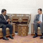 أجرى السيد الرئيس بشار الأسد والسيد الرئيس محمود أحمدي نجاد رئيس الجمهورية الإسلامية الإيرانية مباحثات أمس تناولت تعزيز العلاقات الثنائية في مختلف المجالات وتطورات الأوضاع في فلسطين والعراق.. والمستجدات الإقليمية والدولية - 05.05.2009
