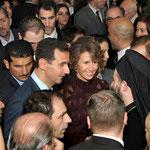 الرئيس الأسد يلتقي والسيدة عقيلته أبناء الجالية العربية السورية في الأرجنتين - 03.07.2010