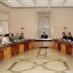 السيد الرئيس بشار الأسد يترأس إجتماع مجلس الوزراء - 04.08.2003