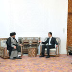الرئيس الأسد يلتقي مقتدى الصدر زعيم التيار الصدري في العراق وأكد الرئيس الأسد دعم سورية الكامل لتشكيل حكومة عراقية بأسرع وقت ممكن بما يحقق مصالح الشعب العراقي - 17.07.2010