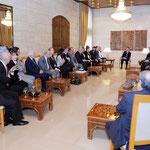السيد الرئيس بشار الأسد يلتقي وفدا من الفنانين السوريين من ممثلين ومخرجين - 15.04.2011