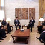 الرئيس الأسد يستقبل وزير خارجية تركيا - 06.04.2011