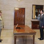 أمام الرئيس الأسد العماد فهد جاسم الفريج يؤدي اليمين الدستورية وزيرا للدفاع - 19.07.2012