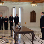 أمام السيد الرئيس بشار الأسد الدكتور رياض فريد حجاب يؤدي اليمين الدستورية وزيرا للزراعة و الإصلاح الزراعي - 16.04.2011