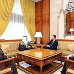 الرئيس الأسد يلتقي وزير الاقتصاد الإماراتي - 12.01.2011