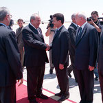 الرئيس الأسد يستقبل السيد إياد علاوي في زيارة له الى دمشق - 23.07.2004