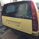 Volvo 850 T5R cream yellow