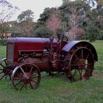 Antiguo tractor: El Indio, llamado así por su fuerza y resistencia