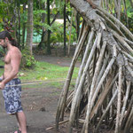 David ejercitándose con el manglar.. jaja