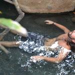 David necesitaba de concentración para permanecer en el agua jaja