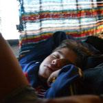 Diego durmiendo de regreso a Taltal