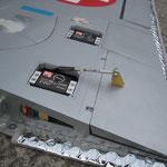 Tragfläche mit Servos-/Anlenkungen