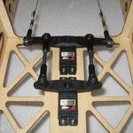 Seitenruder-Anlenkung ( Servo 2x 24.0 kg.cm)
