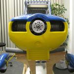 Motorhaubenmontage