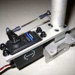 Bugfahrwerk Detail Servo-/Anlenkung
