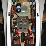 RC-Einbaubrett mit Akkuhalterungen und Turbinenelektronik
