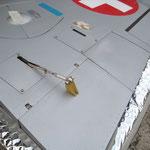 Tragfläche mit Servos-/Anlenkungen-/Abdeckungen
