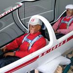 Die beiden Axel-Piloten (Kabine offen)