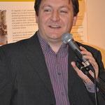 Dirk Demuynck van Witsand Uitgevers verwelkomde de menigte.