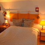 """Chambre """"la Gerbière"""" 1 grand lit, +1 BZ 2 personnes"""
