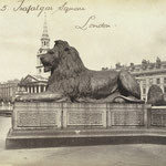 Trafalgar Squareのライオン これがモチーフに