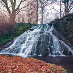 Wasserfall im APZ Park