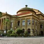 Teatro Massimo, Palermo, donde presenta su mas recordado concierto