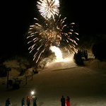 湯沢冬花火(04年)立ち上げからの2年間担当。新潟博報堂さんと花火師さんと雪の中、頑張らせてもらいました。