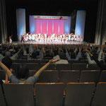 新潟文化祭メインステージ(07年)新潟博報堂さんと企画から演出構成までを担当。写真はお客さんといっしょに踊るなど一体感のあるステージづくりができました。(撮影/Norikatsu Aida 相田 憲克)