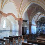 Rempnat - Eglise (intérieur) et ses couleurs, restaurées entre 2004 et 2007