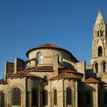 Vue sur le chevet roman et le clocher - Collégiale de Saint-Léonard-de-Noblat