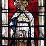 Exemple de vitrail du XVe siècle (choeur) : saint Psalmet, ermite légendaire à l'origine de la ville d'Eymoutiers - Collégiale d'Eymoutiers