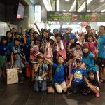 8月24日。11人全員が元気でとってもイイ笑顔!楽しかった、帰りたくないという子も。みんな、元気でね!!
