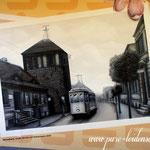 strassenbahn fährt die alte Strasse entlang