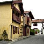 Garris - rue médiévale