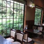 多治見で自家焙煎珈琲を楽しむなら「カフェ豆家」店内の様子