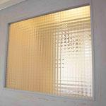 内部のドアなどもヴィンテージでおしゃれなものを使用。