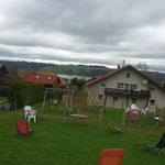 Gästehaus mit Rottachsee im Hintergrund