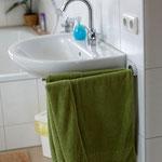 Bad mit Waschplatz,Badewanne,Duschkabine,WC