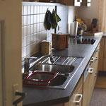 große Küche mit Spülmaschine,Dunstabzug,etc.