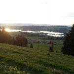 Sonnenuntergang mit Blick auf Rottachsee direkt hinterm Haus