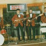 """1970 im """"Pferdestall"""" in Lauenförde. Besetzung (v.l.n.r.): """"Windy"""" Wederhake, Wolfgang Siebeneicher, Rainer Paulik, Günter """"Bübchen""""  Hartmann."""