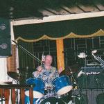 """Ulli Pechmann - Der Oldie-Abend im """"Pferdestall"""" Lauenförde im Januar 1995 ist noch heute bei den Musikfreunden im Dreiländereck in bester Erinnerung. Die Stimmung war einfach super"""