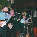 """Der Oldie-Abend im """"Pferdestall"""" Lauenförde im Januar 1995 ist noch heute bei den Musikfreunden im Dreiländereck in bester Erinnerung. Die Stimmung war einfach super"""